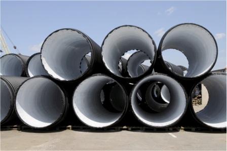 Пример больших пластиковых труб