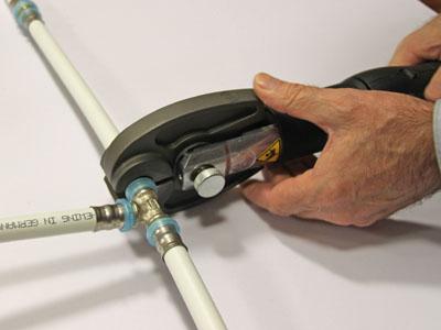 Пресс-клещи для металлопластиковых труб