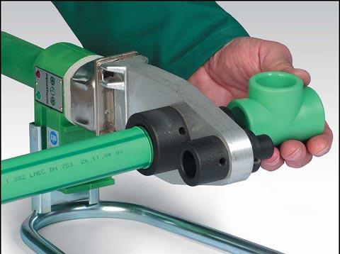 Сварочный аппарат для полипропиленовых труб обеспечит герметичную стыковку